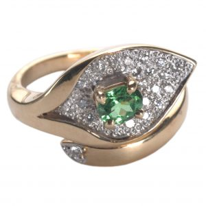 image of tsavorite ring.