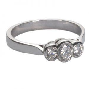 image of 3 stone diamond ring