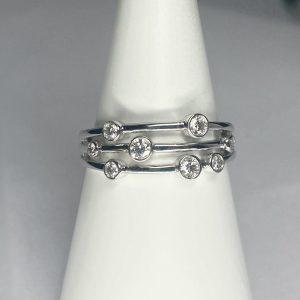 9ct Diamond Bubble Ring