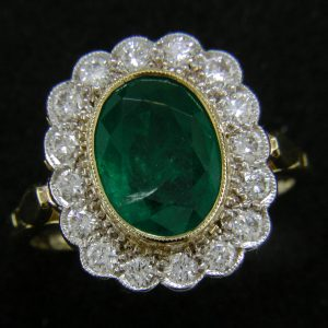 18ct Emerald & Diamond Cluster Ring
