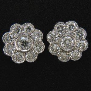 18ct Diamond Daisy Earrings